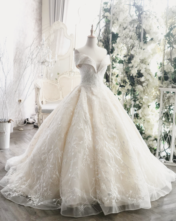 Wedding Gown Collection by Faye Wedding - 005