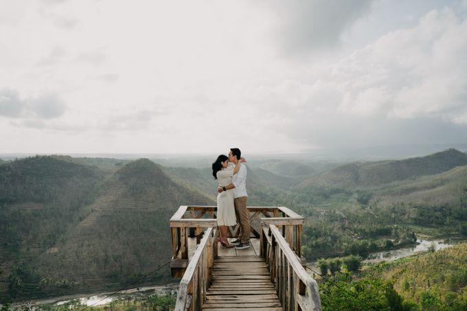 Postwedding of Ayu & Ario by Thecoupleideas Photo - 008