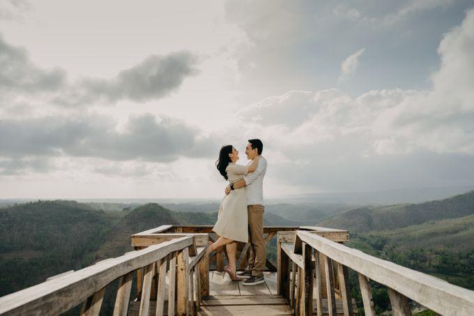Postwedding of Ayu & Ario by Thecoupleideas Photo - 009