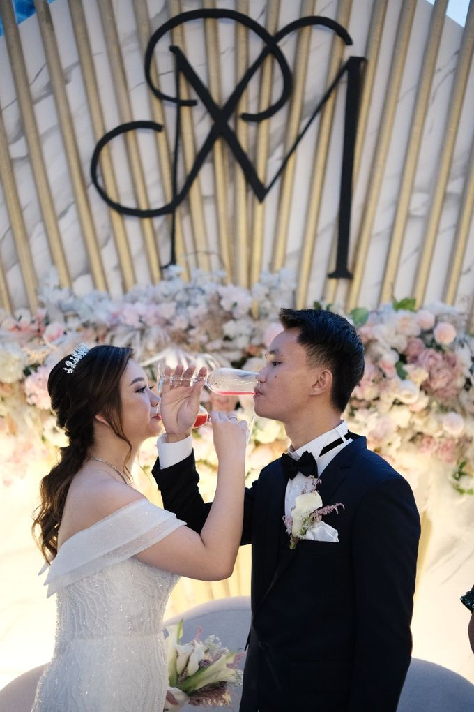 Wedding Of Pratama & Mayliana by Ohana Enterprise - 011