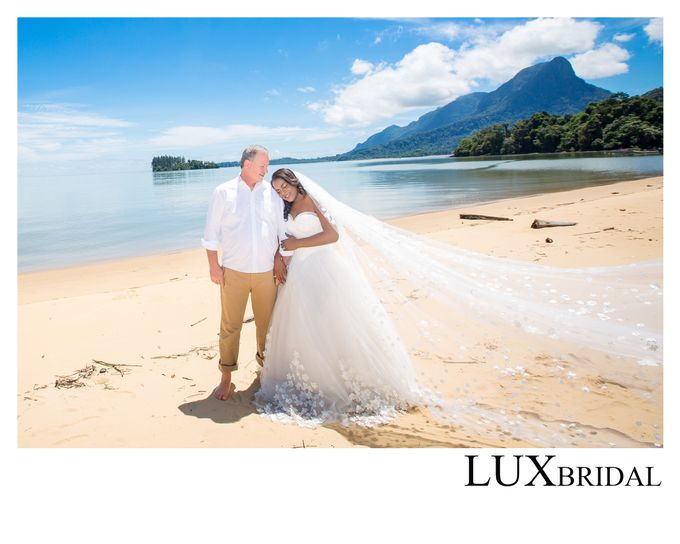 pre wedding photography by Lux Bridal Sdn Bhd - 001