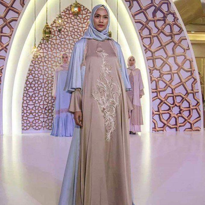 Gown Muslim by Leny Rafael Bride - 004