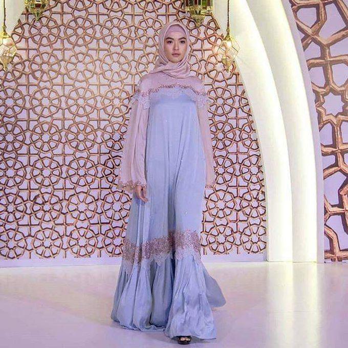 Gown Muslim by Leny Rafael Bride - 003