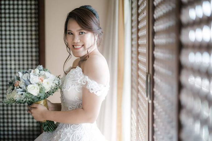 Angela Flores & Ian Dennis Wedding by Magic Touch by Klick Victoria - 011