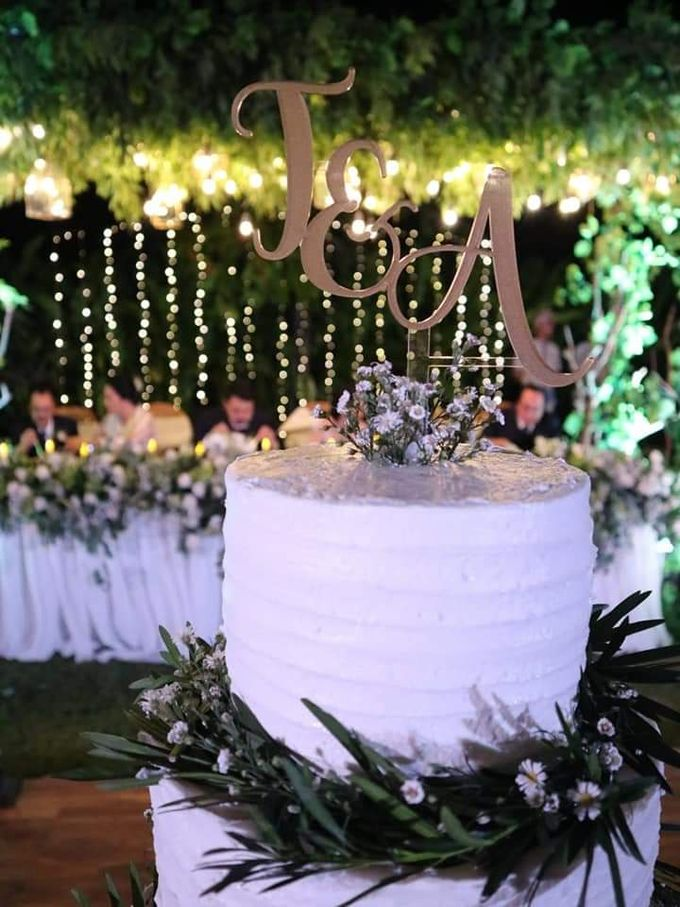 The Wedding Cake Of Timothy & Amydhea by Moia Cake - 002