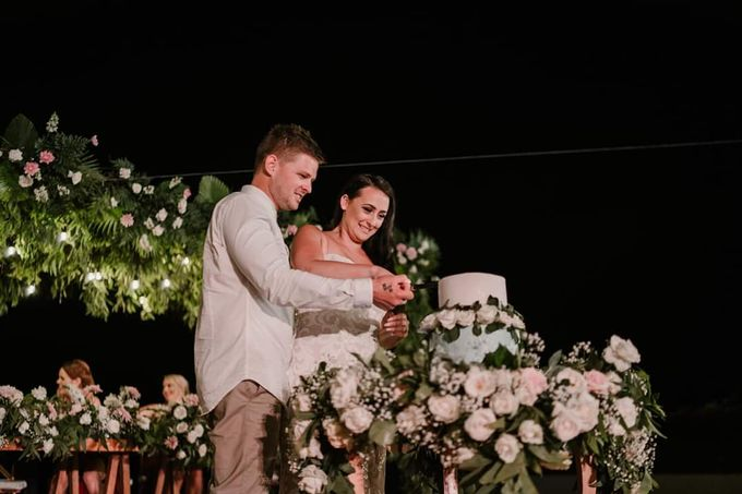 The Wedding Of Jade & Nick by Moia Cake - 001