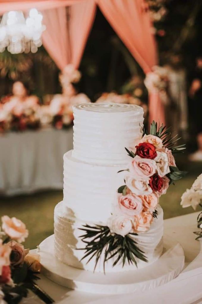 The Wedding Cake Of Dinal & Shanil by Moia Cake - 001