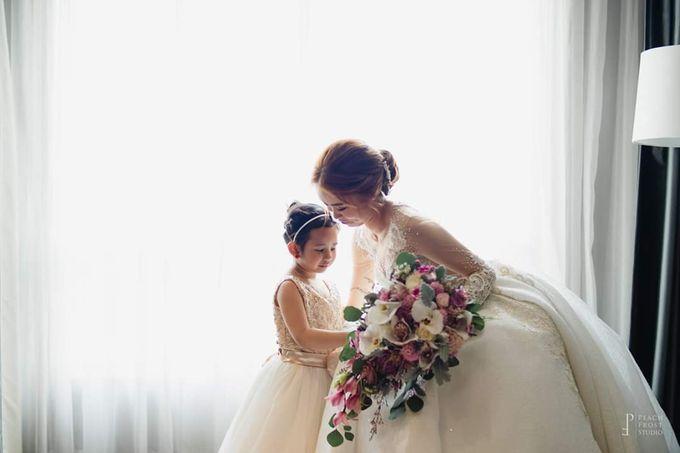 Meyrick And Bernadine Wedding by Bride Idea - 001