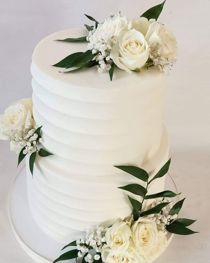 Wedding Cake Served at  Fantasy Wedding Chapel by Henny Cookies and Cakes, Bali - 002