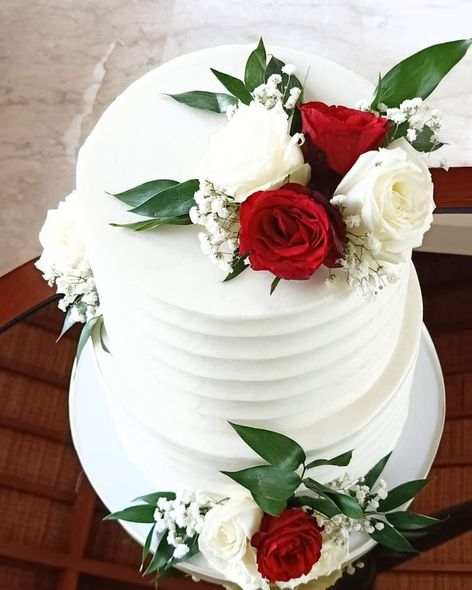 Wedding Cake Served at  Fantasy Wedding Chapel by Henny Cookies and Cakes, Bali - 004
