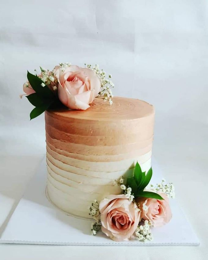 Wedding Cake Served at  Fantasy Wedding Chapel by Henny Cookies and Cakes, Bali - 003