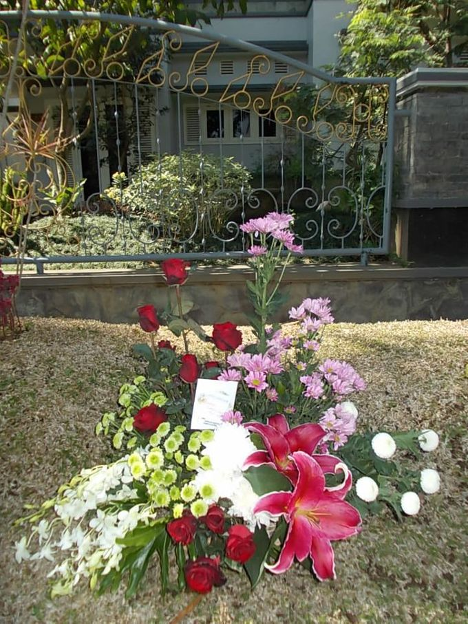 Flowers by Toko Bunga Malang Dendro Florist - 001
