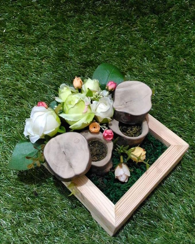 Wedding ring box by Hana Seserahan - 034
