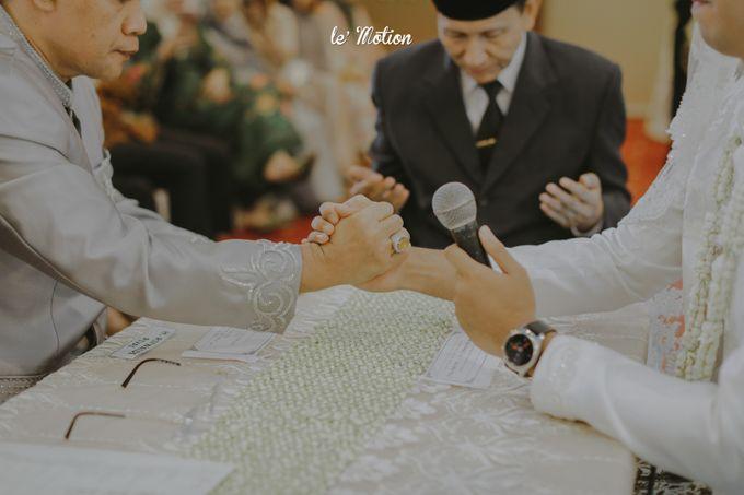 Traditional Sundanese and Minang Fusion Wedding of Felli & Reza by Le Motion - 018