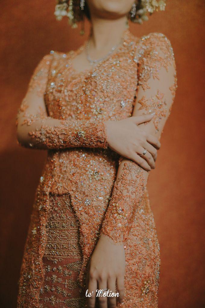 Traditional Sundanese and Minang Fusion Wedding of Felli & Reza by Le Motion - 034