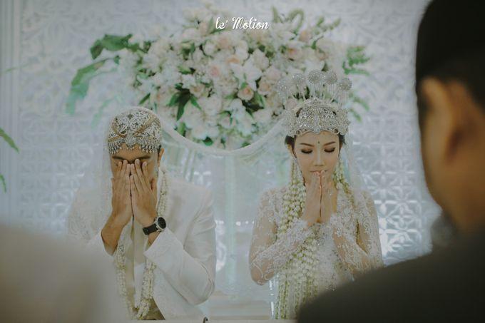 Traditional Sundanese and Minang Fusion Wedding of Felli & Reza by Le Motion - 019