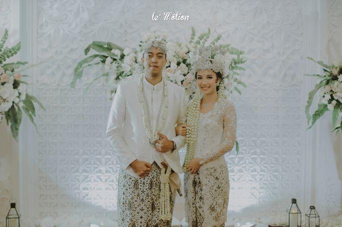 Traditional Sundanese and Minang Fusion Wedding of Felli & Reza by Le Motion - 029