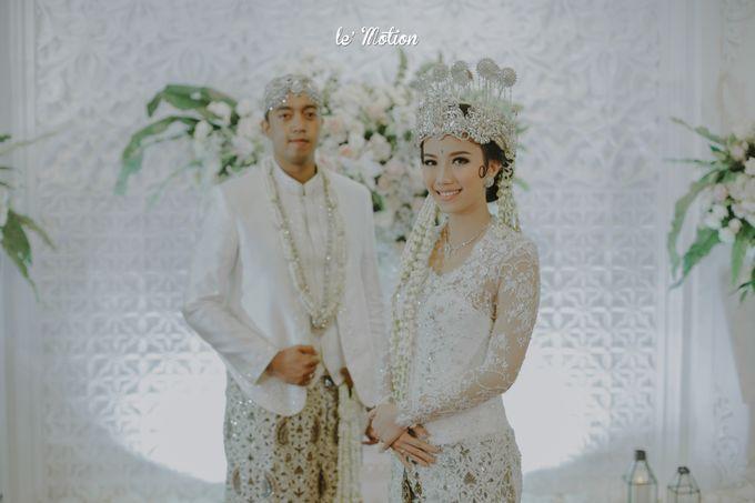 Traditional Sundanese and Minang Fusion Wedding of Felli & Reza by Le Motion - 031