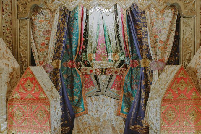 Traditional Sundanese and Minang Fusion Wedding of Felli & Reza by Le Motion - 045