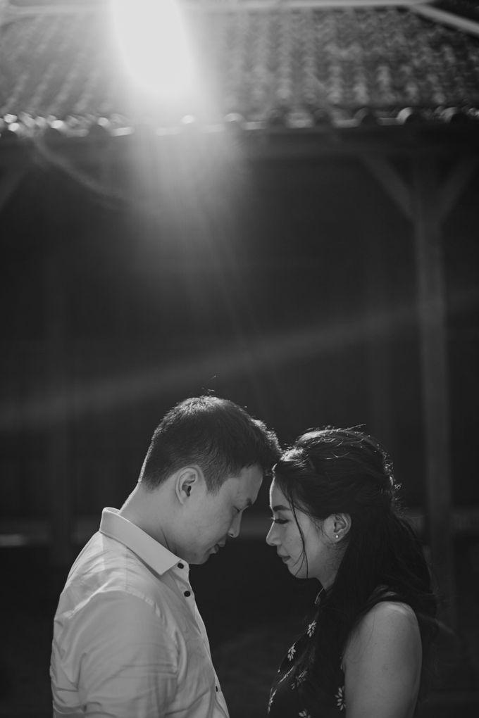 Febryna & Junio Prewedding Yogyakarta by AKSA Creative - 011