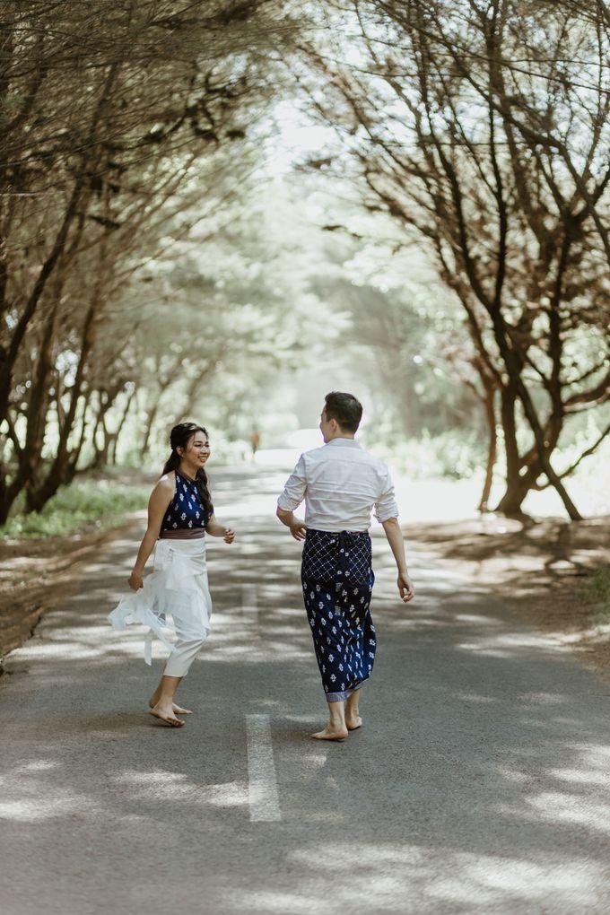 Febryna & Junio Prewedding Yogyakarta by AKSA Creative - 024
