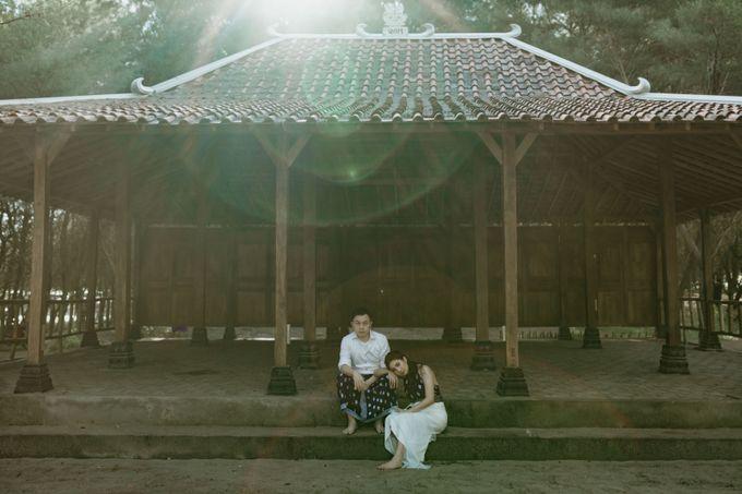 Febryna & Junio Prewedding Yogyakarta by AKSA Creative - 031