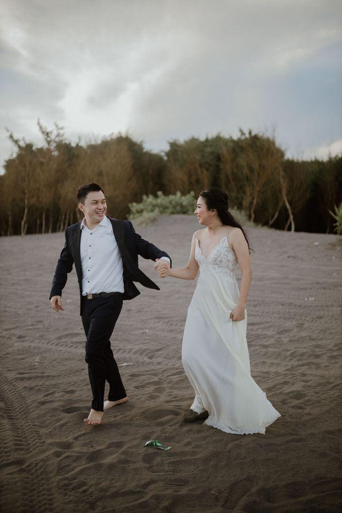 Febryna & Junio Prewedding Yogyakarta by AKSA Creative - 039