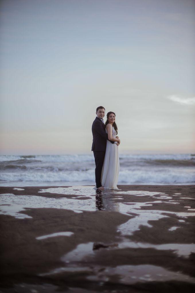Febryna & Junio Prewedding Yogyakarta by AKSA Creative - 045