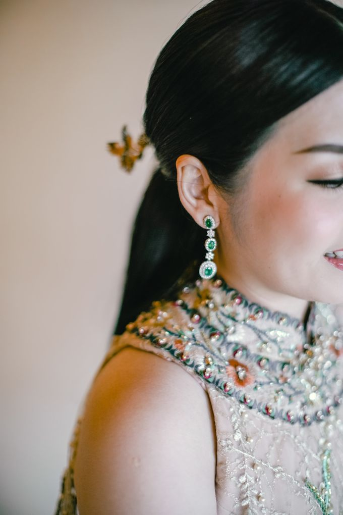 Contemporary Chinese Engagement with Nathania by NOMA Jewelry & Accessories - 006