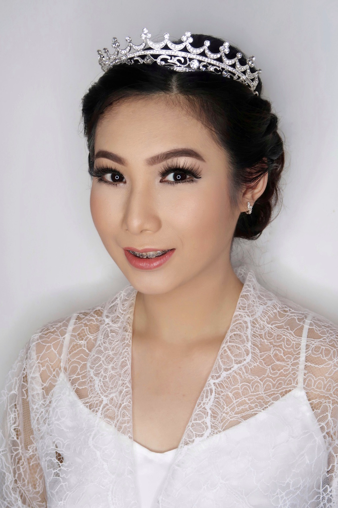 Bride of the day (Mega Silvana) by Felicaang Makeup Artist - 003