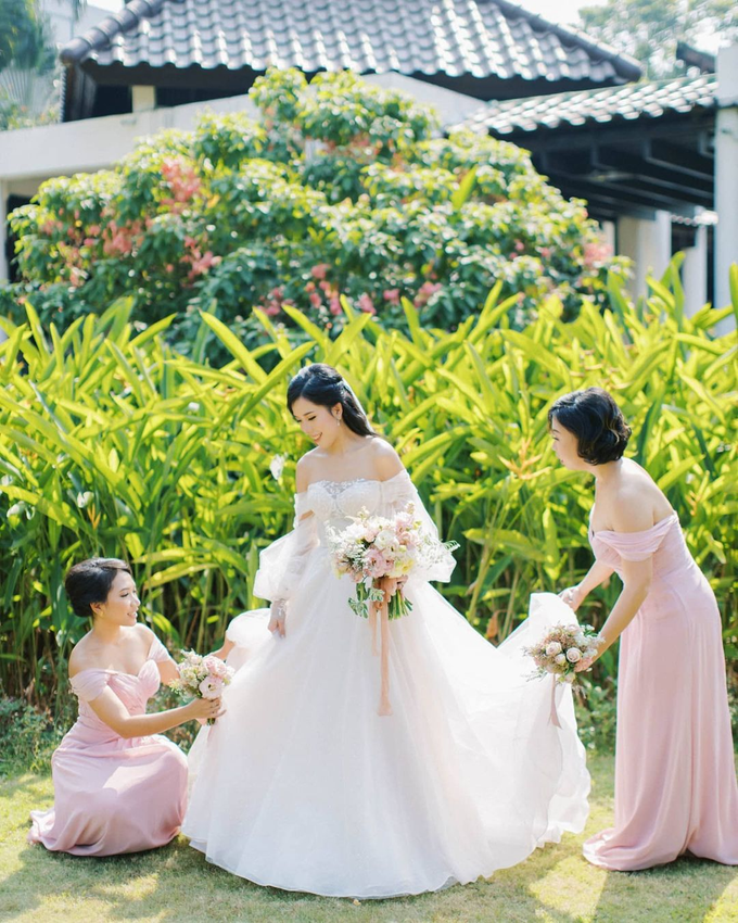 Blush Pink Open Space Wedding by FIVE Seasons WO - 015