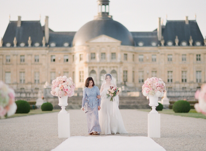 Château Wedding in France by Fete in France - 001