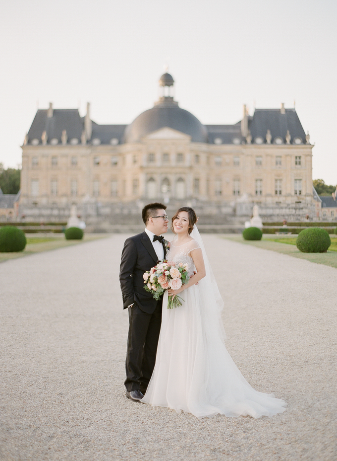 Château Wedding in France by Fete in France - 010