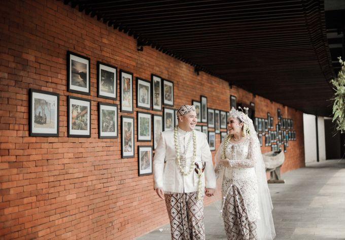 THE WEDDING OF SHABRINA & LUTHFI by Amorphoto - 015