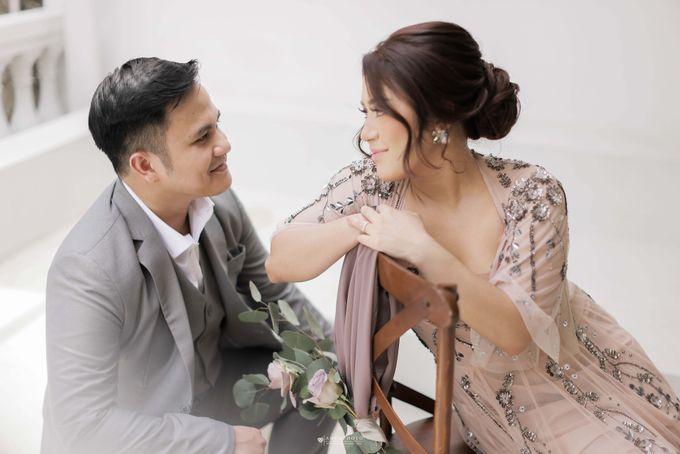 The Pre wedding of Vira Yunita & Wilda Kesuma by Amorphoto - 011