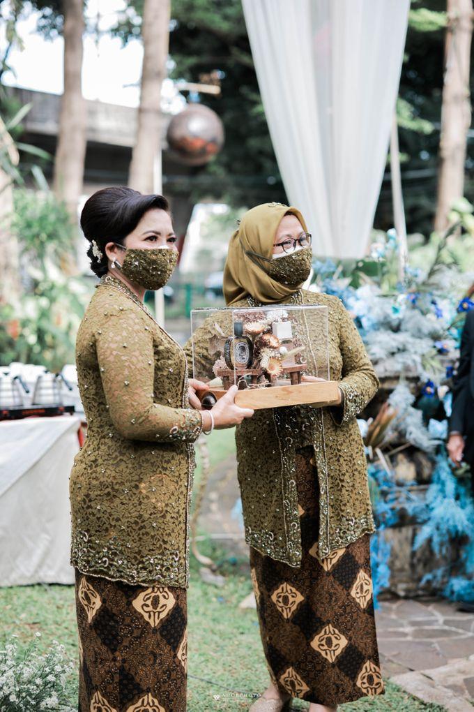 Vira Wildan Intimate Wedding Day by Chandira Wedding Organizer - 046