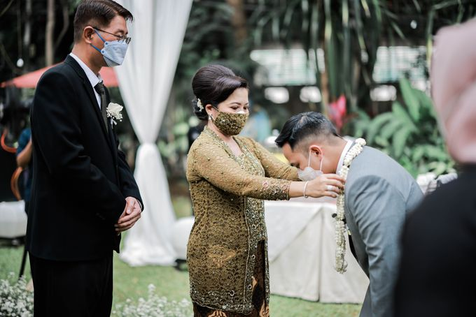 Vira Wildan Intimate Wedding Day by Chandira Wedding Organizer - 017