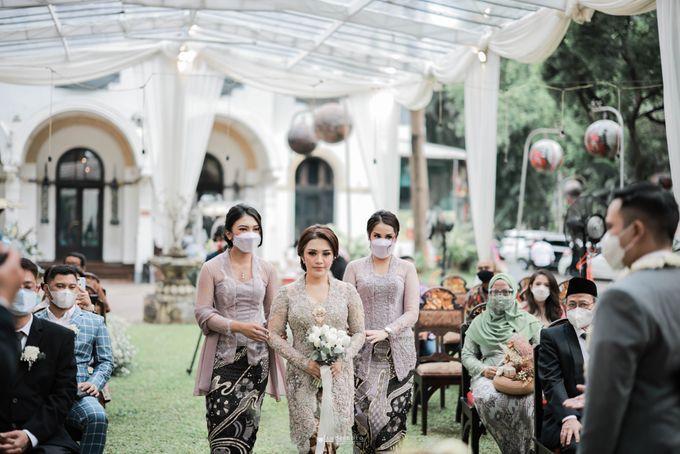 Vira Wildan Intimate Wedding Day by Chandira Wedding Organizer - 022