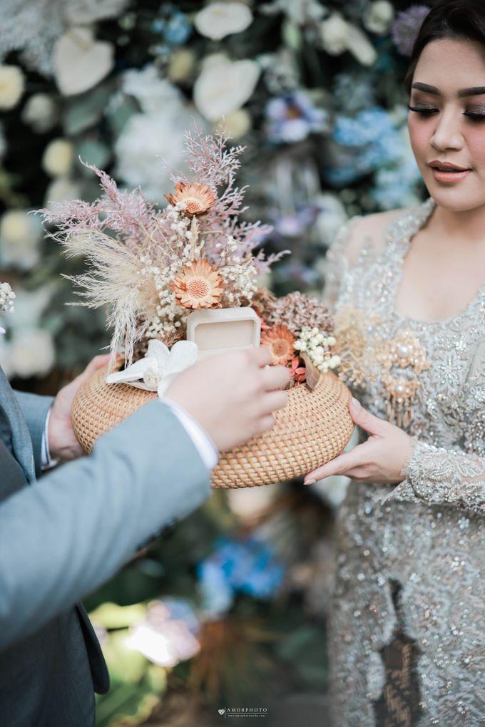 Vira Wildan Intimate Wedding Day by Chandira Wedding Organizer - 010