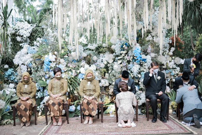 Vira Wildan Intimate Wedding Day by Chandira Wedding Organizer - 037