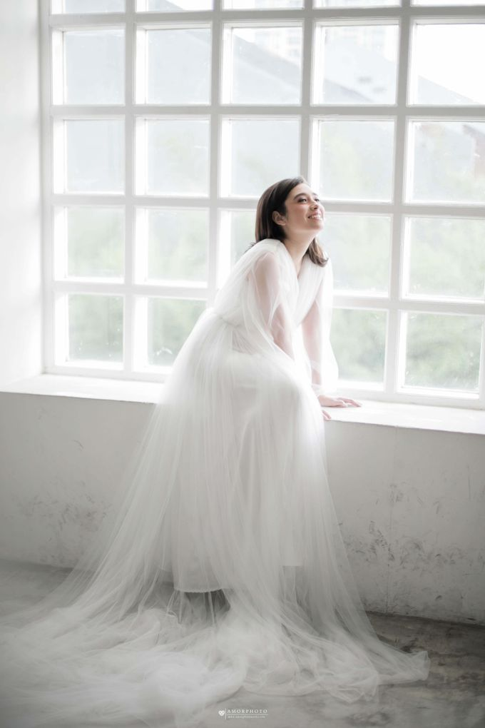 Gown Amanda Rigby by Amorphoto - 017