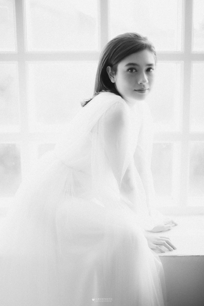 Gown Amanda Rigby by Amorphoto - 018