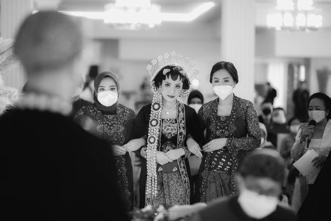 The Wedding of Granzetta & Adit Lubis by Amorphoto - 007