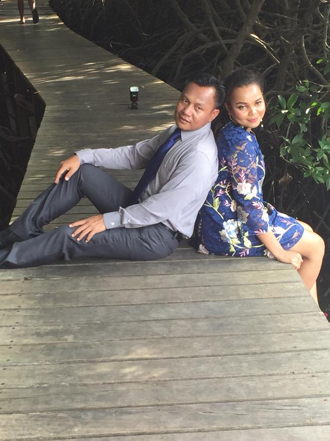 Prewedding Photoshoot by Fifi Huang by Fifi Huang Makeup - 001