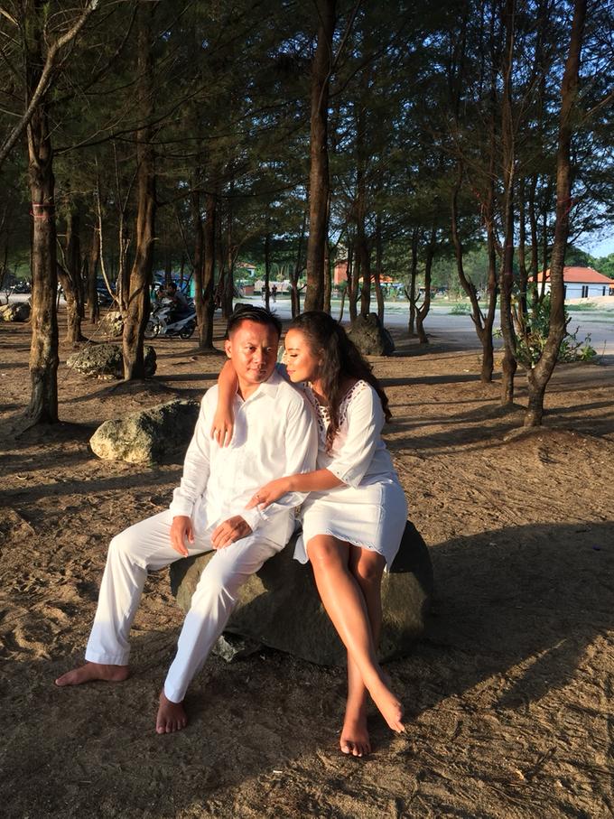 Prewedding Photoshoot by Fifi Huang by Fifi Huang Makeup - 009