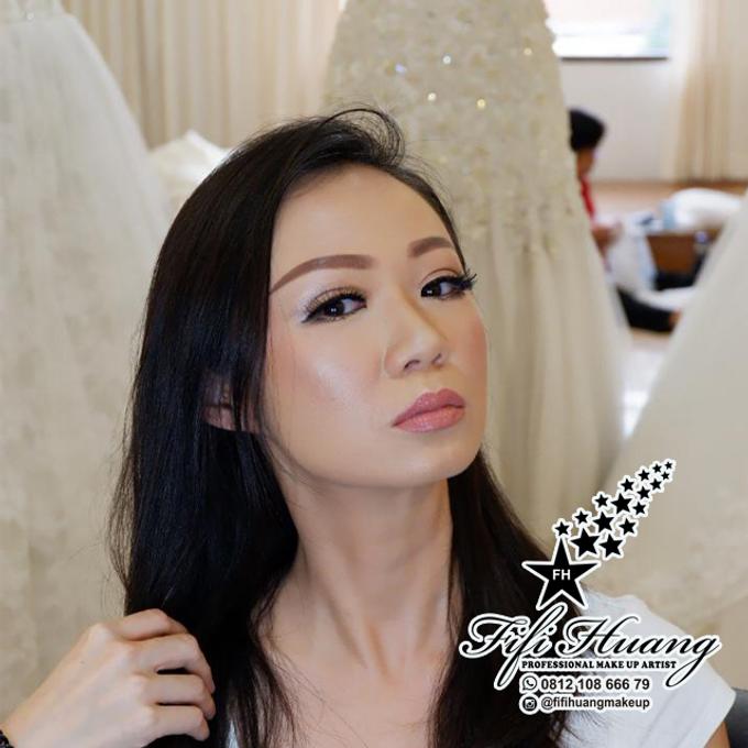 Wedding Make Up by Fifi Huang by Fifi Huang Makeup - 002
