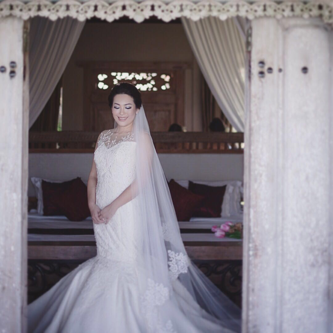 Levin Romolo Wedding Day by Yogie Pratama - 001