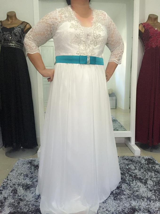 SIMPLE WEDDING DRESS TAIL BISA DI LEPAS by TS BRIDAL BALI - 012