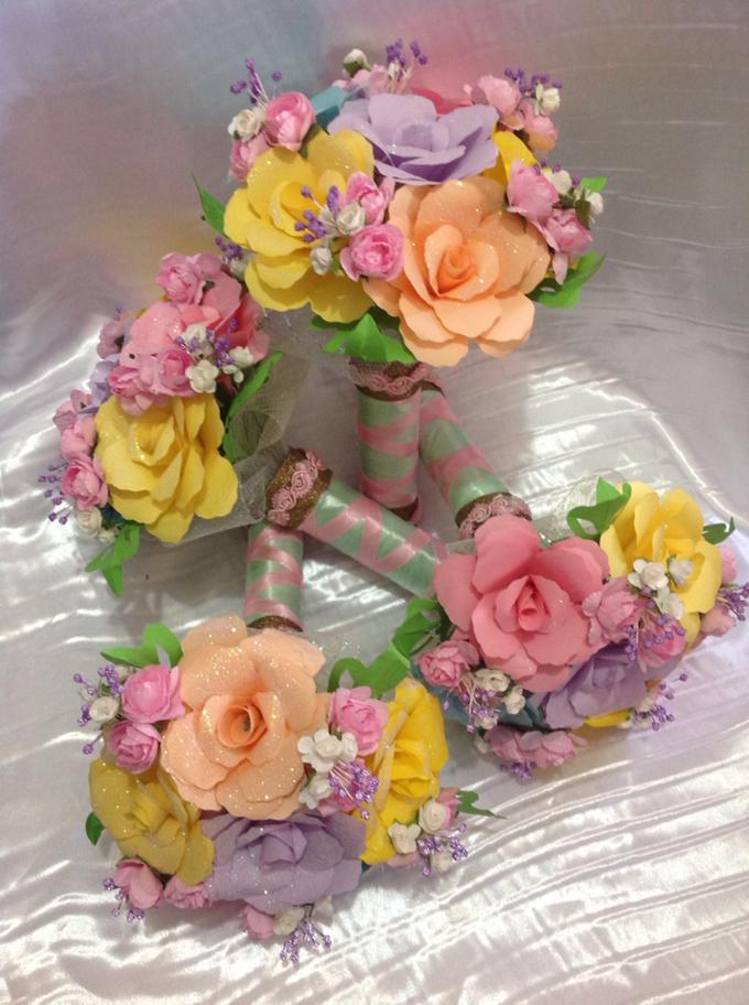 Pastel Handcrafted Entourage Bouquets by Duane's Fleur Creatif - 010