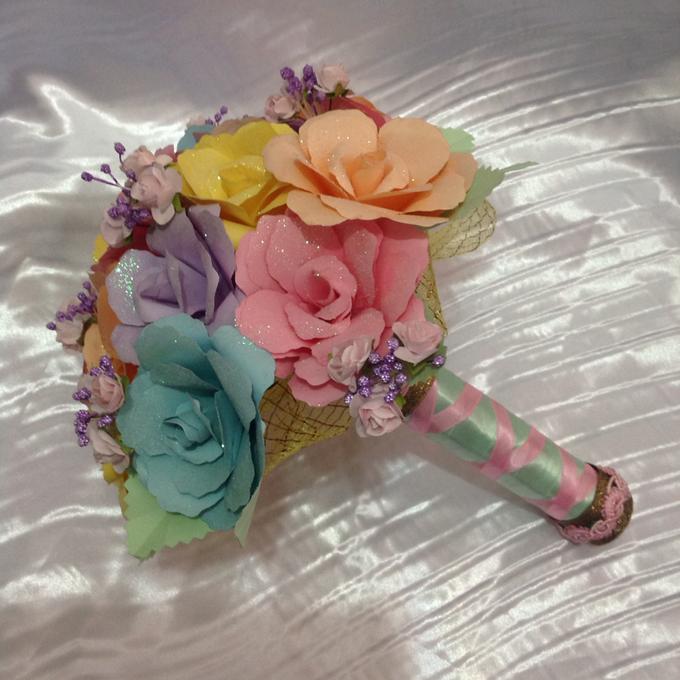 Pastel Handcrafted Entourage Bouquets by Duane's Fleur Creatif - 006
